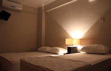 Üç kişilik oda fiyatı