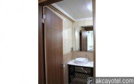 Üç kişilik oda Banyo